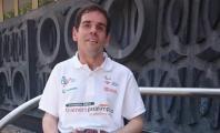 Álvaro Galán con el polo de Trainers Paralímpicos
