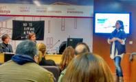Carla Casals contando su experiencia en el Campus Catalunya. No te rindas nunca