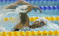 Enrique Floriano nadando a crol